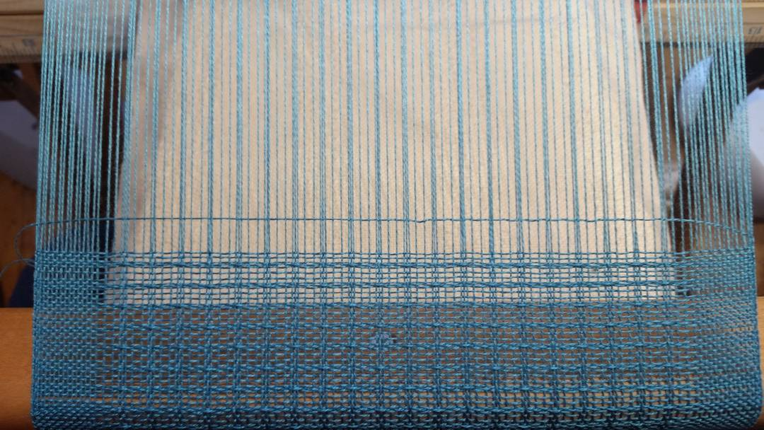 Lace First Weft Throw